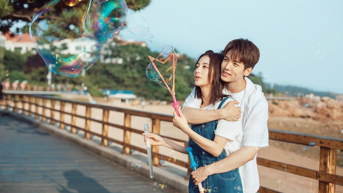 First Romance กาลครั้งหนึ่งถึงรักแรก ซีรีส์จีน ซีรีส์โรแมนติก นักแสดงจีน ว่านเผิง หวังอี่หลุน
