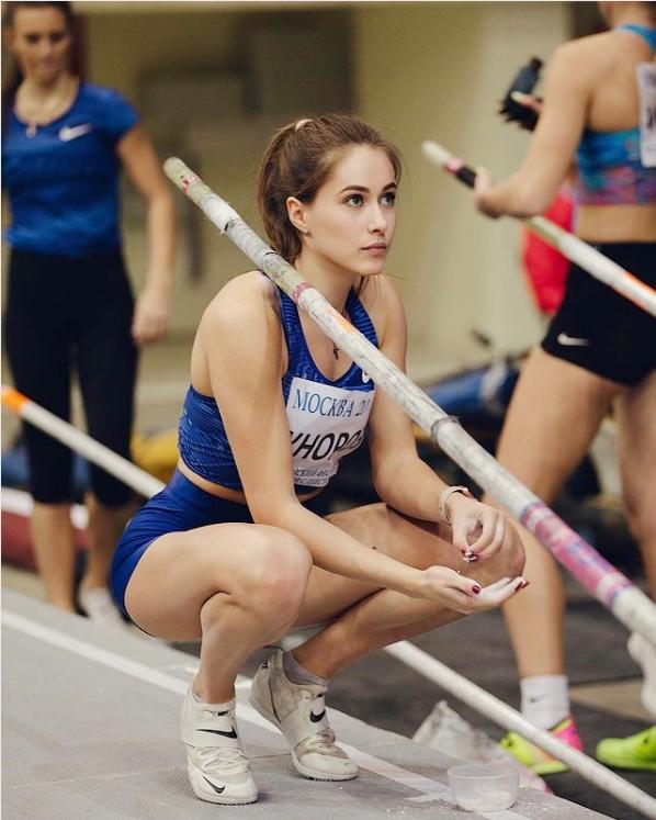 นักกีฬาสาวเซ็กซี่ : Polina Knoroz โปลินา โนรอซ