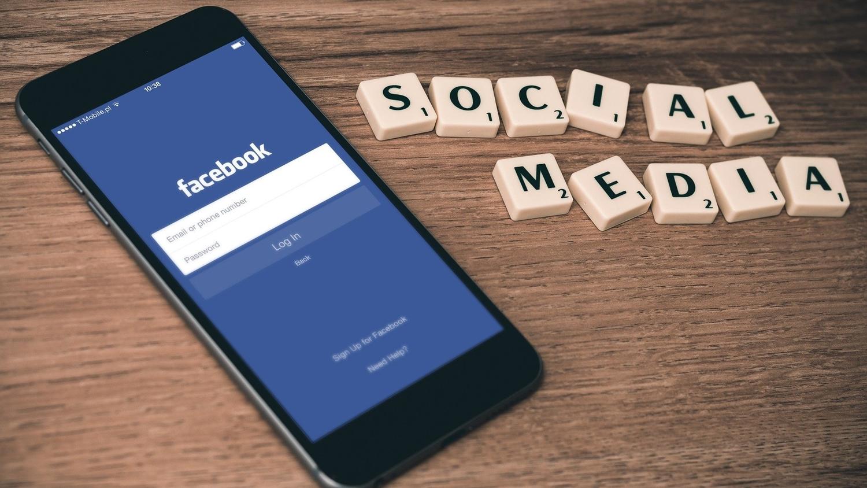 Facebook ข่าวต่างประเทศ เฟซบุ๊กล่ม